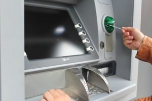 how does atm work